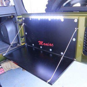 Maniac Tailgate table